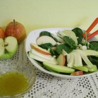 Insalata di mele, finocchi e spinaci (light 55 calorie)